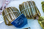 razor clams- fishmonger - fishcounter
