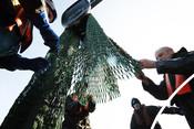 1 fishermen hauling net